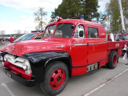 kuhmob kalusto ford paloauto vm55 02